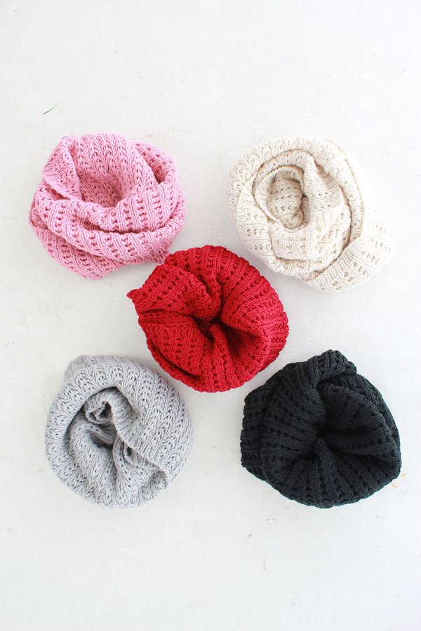 *RESTOCKED* Warm Wintry's Snood