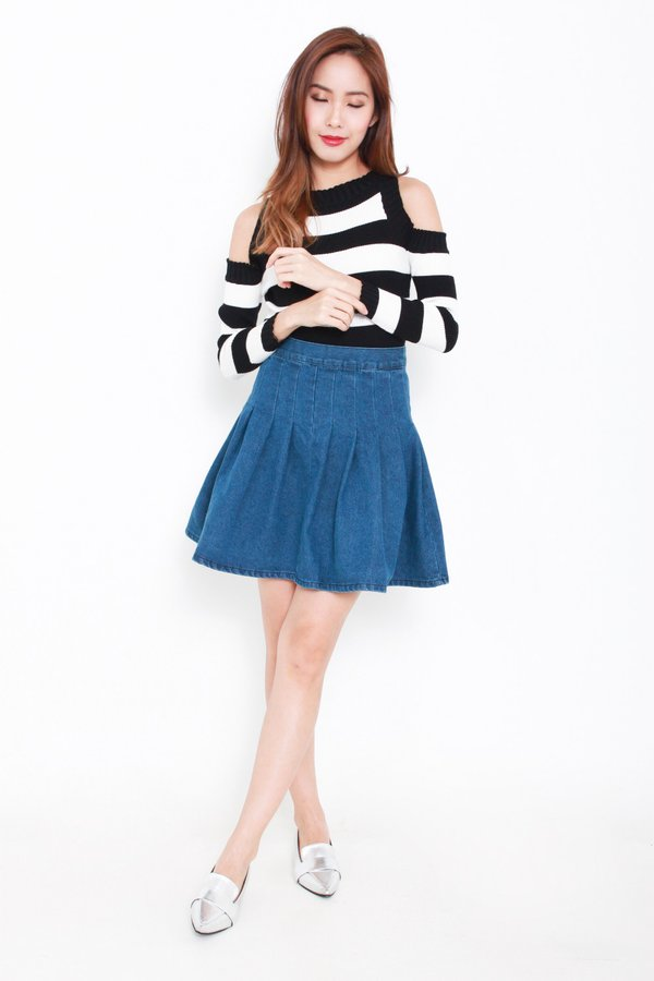 *RESTOCKED* Striped Lineup Cutout Knit Top