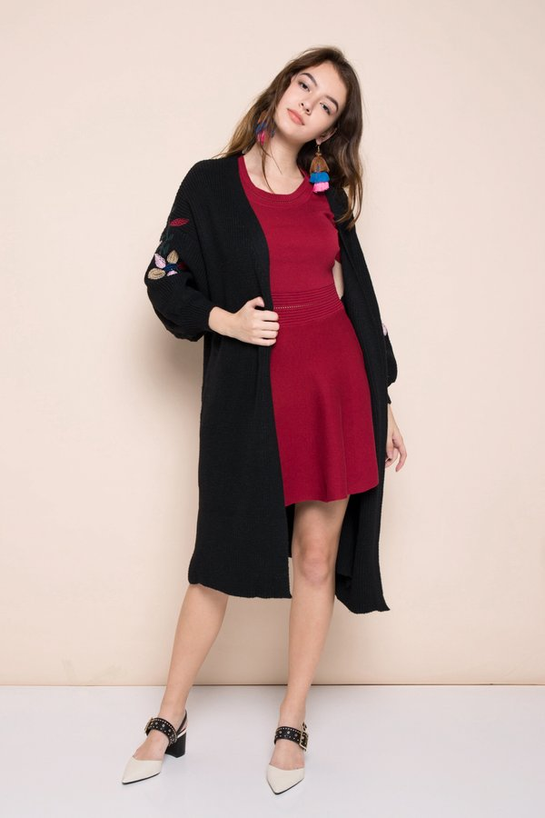 Optimal Lengths Embroidery Knit Shrug Black