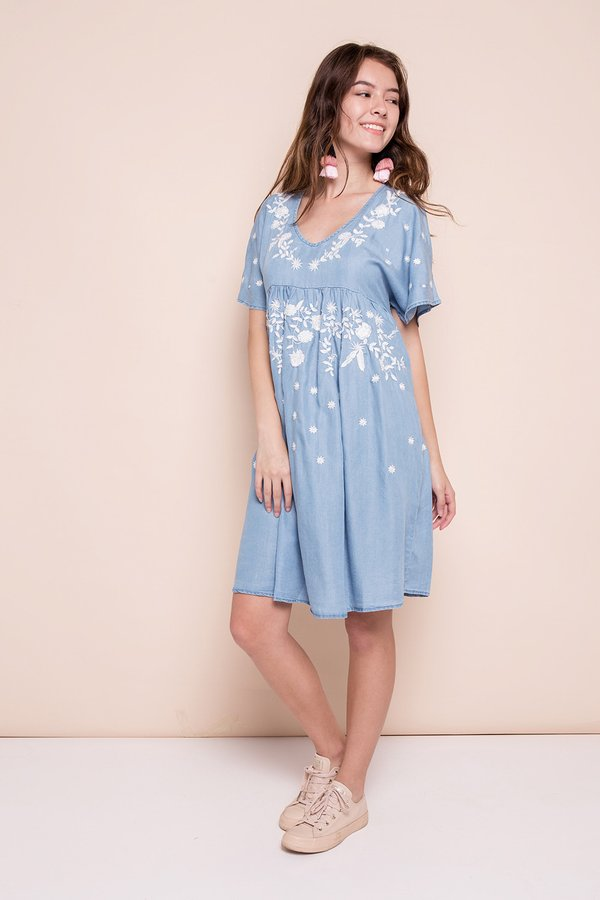 Country Damsel Denim Dress