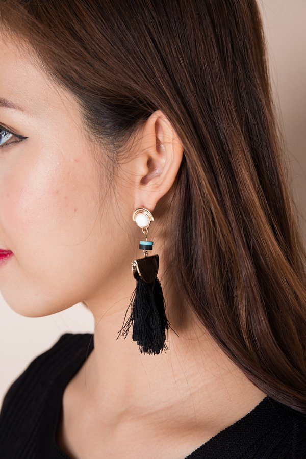 Fanning Flames Tassel Earrings Black