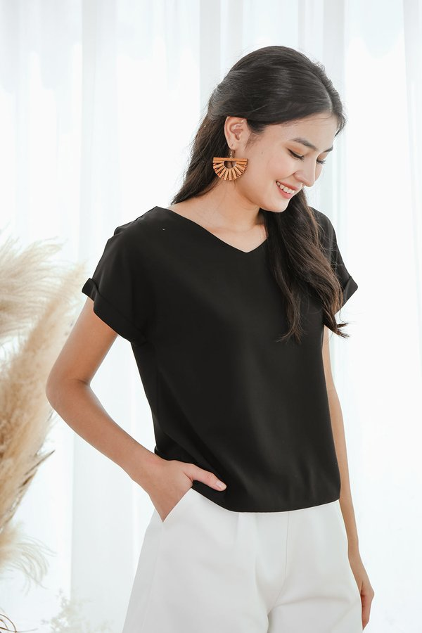 Cleverly Clean Cuffed Tee Black