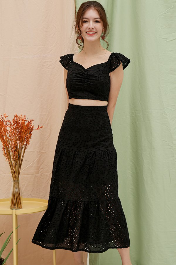 Stay-in Fairytale Eyelet Two Piece Maxi Set Black