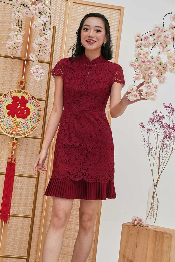 Plisse Exquisite Lace Cheongsam Dress Red