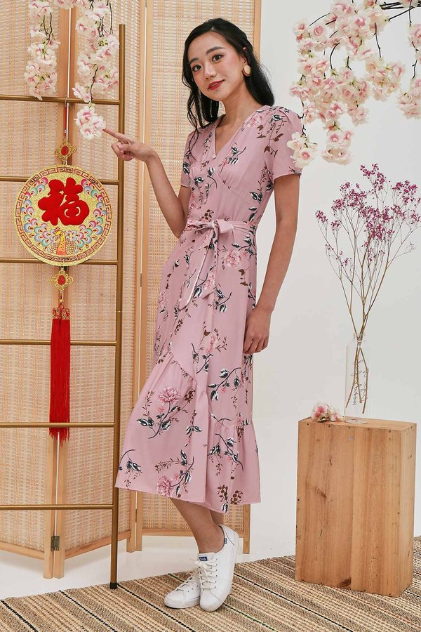 A Whiff of Whimsy Button Maxi Dress Pink