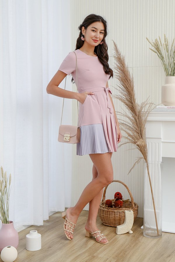 Boldly Proclaimed Colour Pleated Pocket Dress Pink