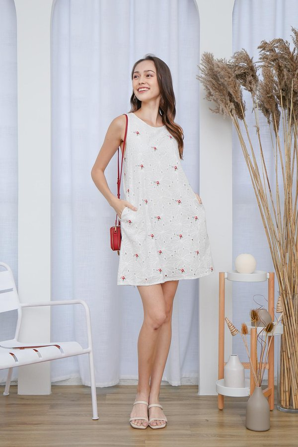 Meant Fleur You Embroidered Pocket Shift Dress Red Poppy