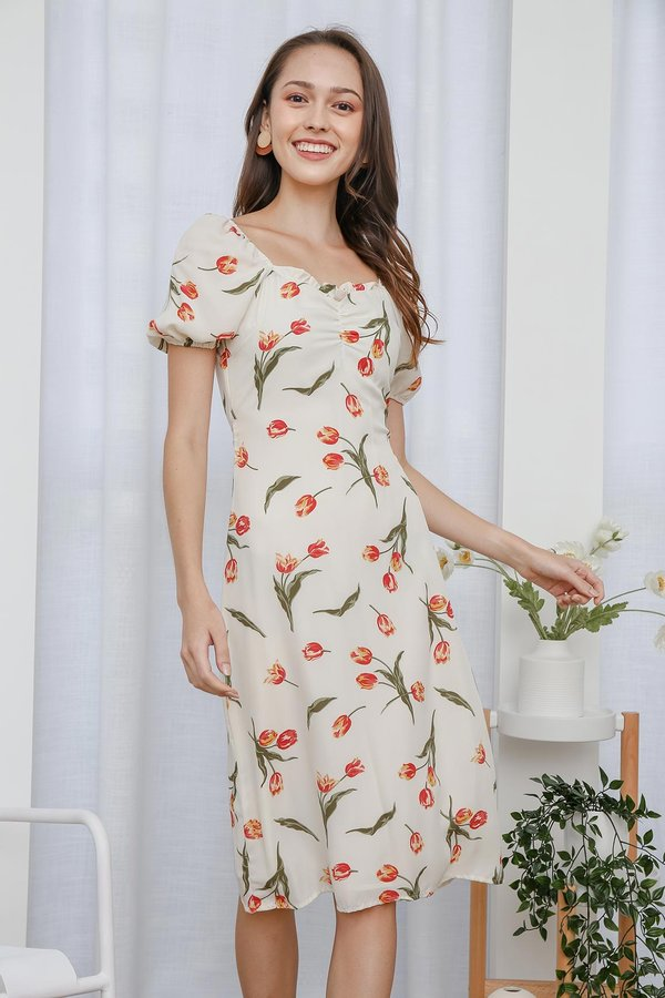 Put Tulips Together Ruched Midi Dress