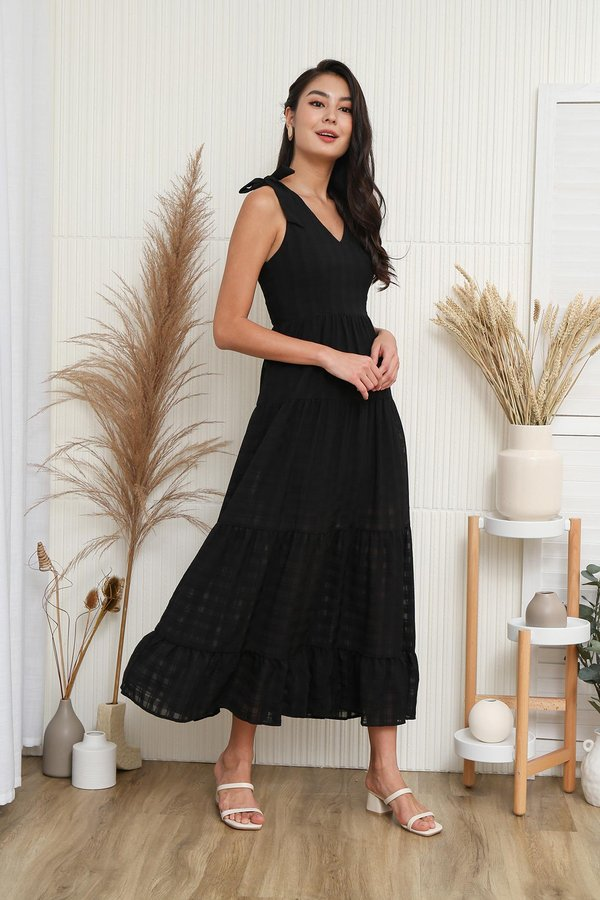 Tales of Tiers Swing Maxi Dress Black