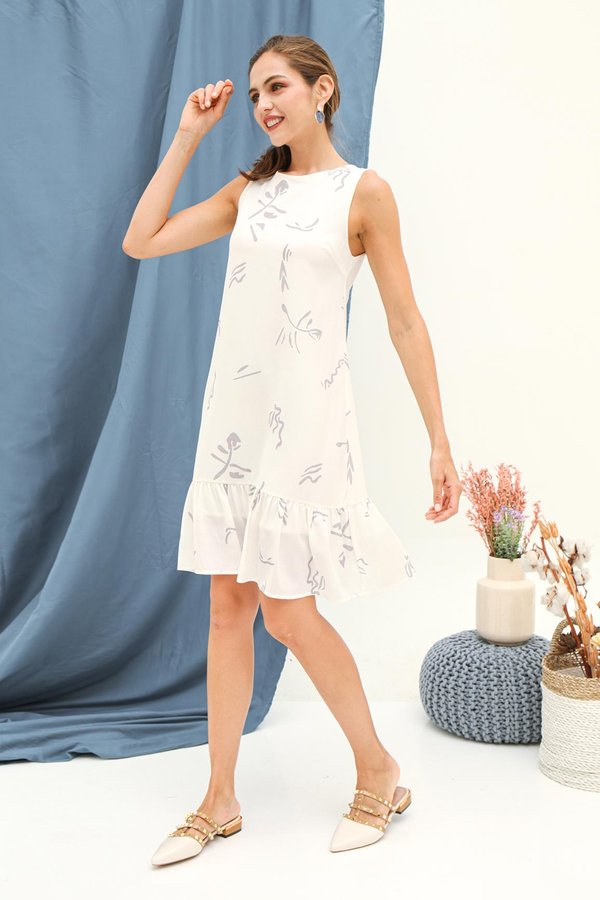 Easy Expressions Dropwaist Dress White Doodles