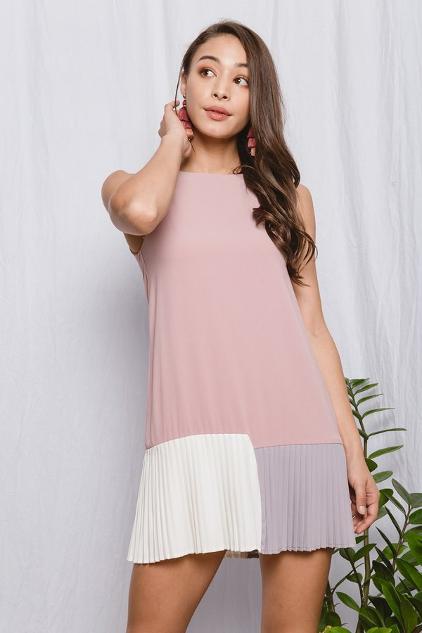 Tricolour Triumph Pleats Dress Pink