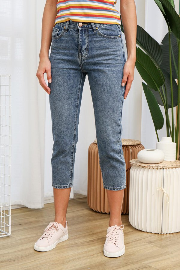 Form Fitted Jean Culottes