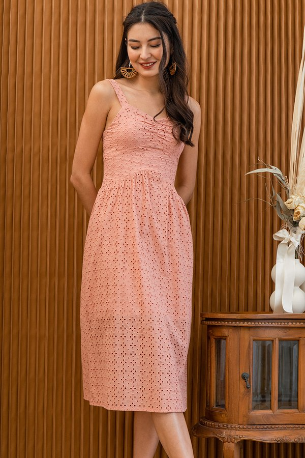 Rustic Eyelet Elements Midi Dress Pink