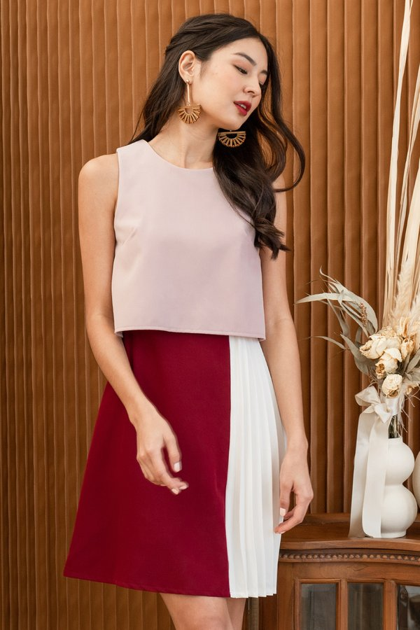 You Com-pleat Me Colourblock Overlay Dress Pink